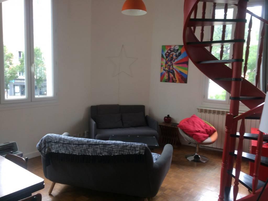 75020/Rue de Bagnolet: lumineux 2 pièces en duplex