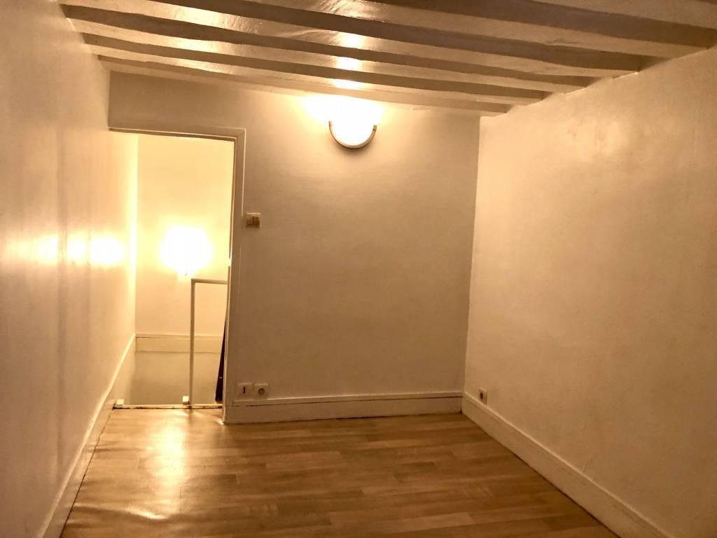 75004/Rue Charles V:charmant 2 pièces en duplex