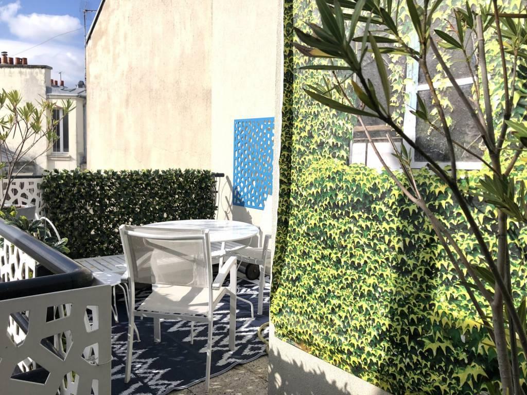 75016/Exelmans:superbe 2 pièces avec terrasse.
